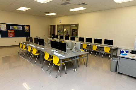 Computer Lab - Maroa-Forsyth Grade School