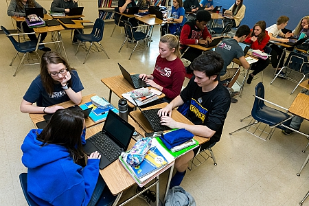 Laptops at Maroa-Forsyth High School