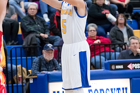 Boys' Basketball - Maroa-Forsyth High School