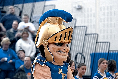 Cheerleading Mascot - Maroa-Forsyth High School