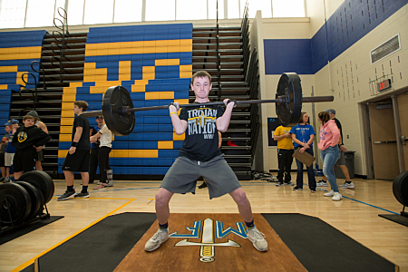 Weight Lifting - Maroa-Forsyth High School